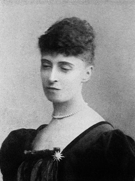 """The Poet"" Alice Maynell, Elizabeth's sister."