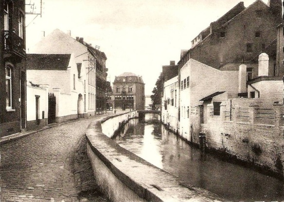 Early photo of the Pont du Christ.