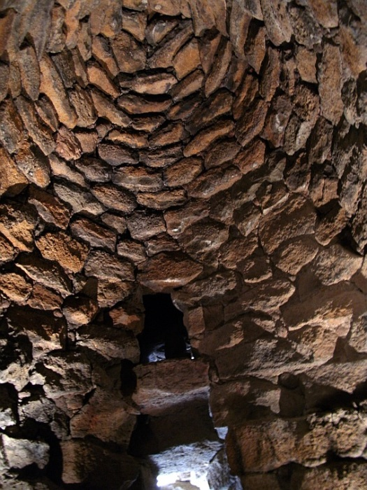 Tholos (beehive) roof.