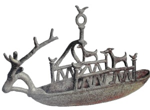 Nuragic boat figurine. Wikipedia.